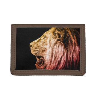 Löwe-Porträt auf Schwarzem