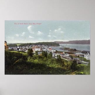 Luftaufnahme der Stadt und der Gurren-Bucht Poster