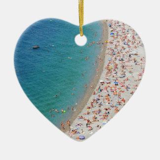 Luftaufnahme des Strandes in Nizza, Frankreich Keramik Herz-Ornament