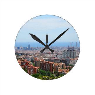 Luftaufnahme von Barcelona, Spanien Runde Wanduhr