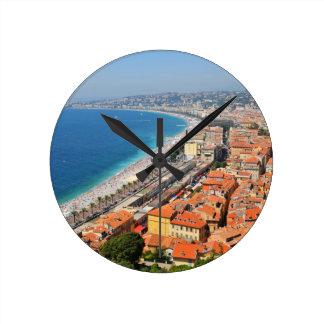 Luftaufnahme von französischem Riviera in Nizza, Runde Wanduhr