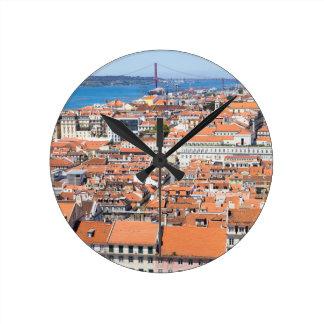 Luftaufnahme von Lissabon, Portugal Runde Wanduhr
