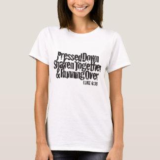 Luke-6:38 Schwarzes auf Weiß T-Shirt