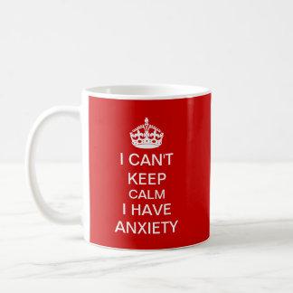 Lustig behalten Sie ruhig und machen Sie Kaffeetasse