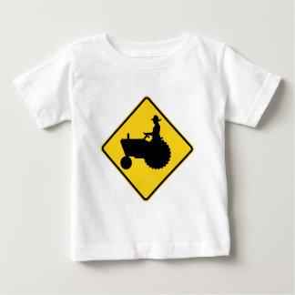 Lustige Ackerschlepper-Verkehrsschild-Warnung Baby T-shirt