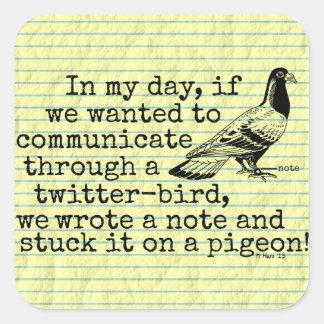 Lustige altes Alters-Twitter-Vogel-Taube Quadratischer Aufkleber