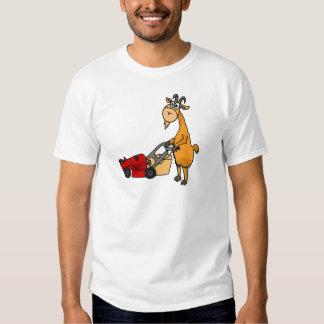 Lustige Billy-Ziege, die Rasenmäher-Cartoon drückt Hemden