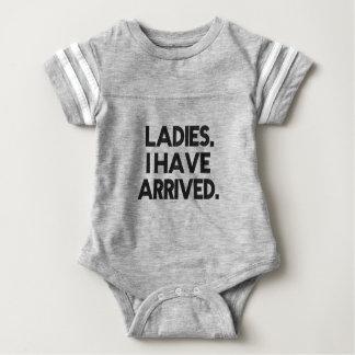 Lustige Damen habe ich angekommenes Baby Strampler