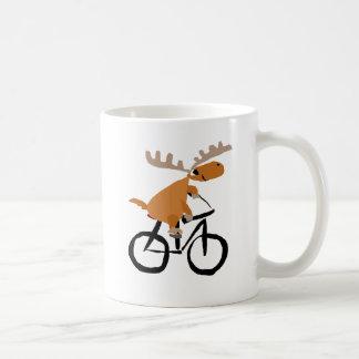 Lustige Elch-Reitfahrrad-Vorlagenkunst Kaffeetasse