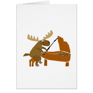 Lustige Elche, die Klavier-Vorlagen-Kunst spielen Karte