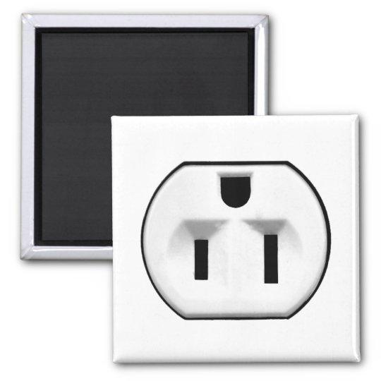 lustige geschenke der steckdose f r elektriker quadratischer magnet zazzle. Black Bedroom Furniture Sets. Home Design Ideas