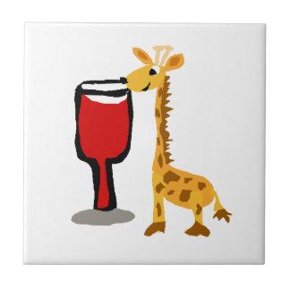 Lustige Giraffe, die Rotwein Cartoon trinkt Keramikfliese