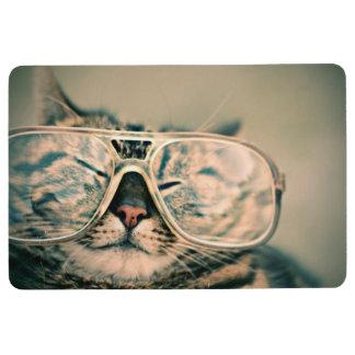 Lustige Katze mit Gläsern Bodenmatte