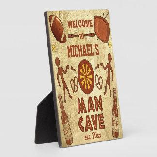 Lustige Mann-Höhle mit Ihrer Namensgewohnheit Fotoplatte