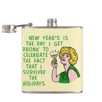 Lustige neue Jahre der Retro trinkenden Flachmann