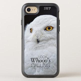 Lustige niedliche weiße Snowy-Eule mit Monogramm OtterBox Symmetry iPhone 8/7 Hülle