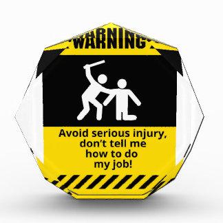 Lustige warnende Verletzung Auszeichnung
