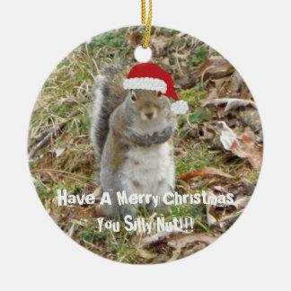 Lustige Weihnachtseichhörnchen-Verzierung Rundes Keramik Ornament