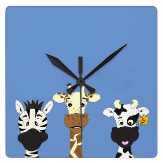 Lustige Zebragiraffenkuh-Cartoonkinder Quadratische Wanduhr