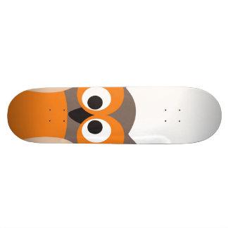 Lustiger AnstarrenCartoon-Eule Skateboard Personalisierte Skateboarddecks