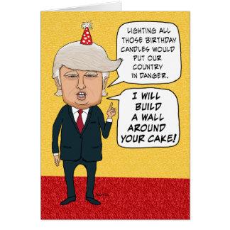 Lustiger Geburtstag: Donald Trump errichtet eine Karte