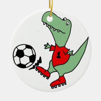 Lustiger grüner T-rex Dinosaurier, der Fußball Keramik Ornament