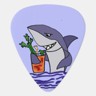Lustiger Haifisch, der Bloody- MaryCartoon trinkt Plektrum