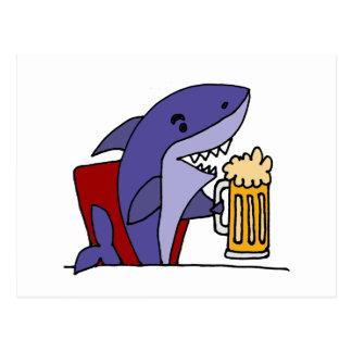 Lustiger Haifisch-trinkendes Bier Postkarte