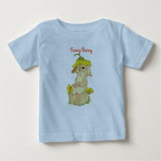 Lustiger Häschen-Geldstrafe-Baby-T - Shirt