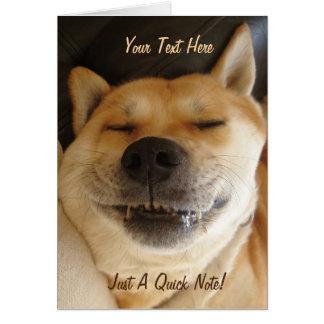 lustiger Japanerakita-Hund mit daft Smiley Karte