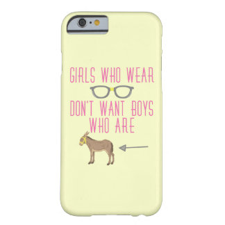 Lustiger Mädchen-Glas-Nerd-Spaß 2 Barely There iPhone 6 Hülle
