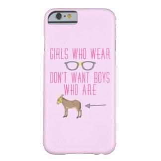 Lustiger Mädchen-Glas-Nerd-Spaß Barely There iPhone 6 Hülle