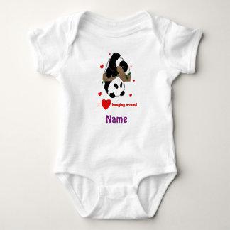 Lustiger neuer BABY-PANDA, der um Duschengeschenke Baby Strampler