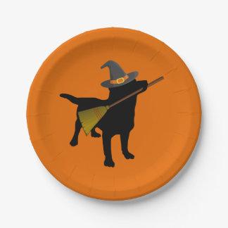 Lustiger niedlicher schwarzer Labrador-Hund Pappteller