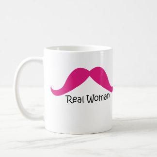 Lustiger rosa und schwarzer wirkliche Frauen-Schnu Teetasse