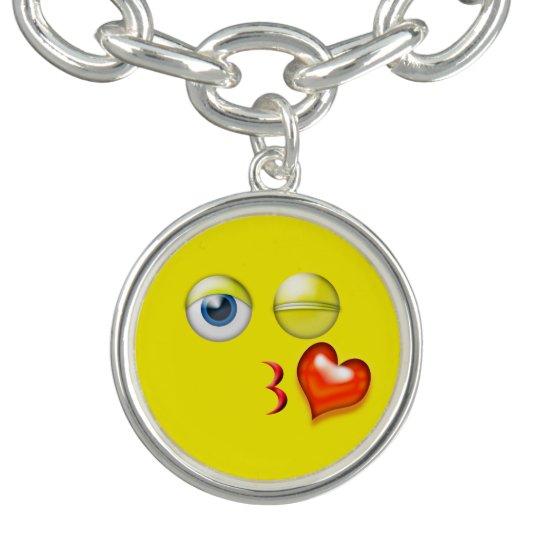 Lustiger Schlag ein Kuss Emoji smiley Charm Armband