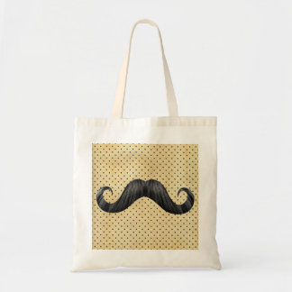 Lustiger schwarzer Schnurrbart auf Vintagen gelben Budget Stoffbeutel