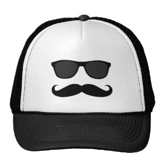 Lustiger schwarzer Schnurrbart und Sonnenbrille Retrocap