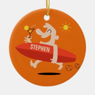 Lustiger Surfer mit Cocktail-Nameverzierung Keramik Ornament
