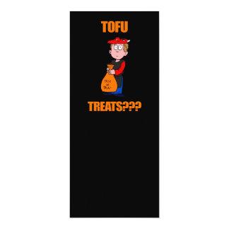 Lustiger Trick oder Leckerei Halloween Personalisierte Einladungskarte