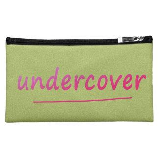 Lustiger Undercover glänzender rosa Text auf Kosmetiktasche