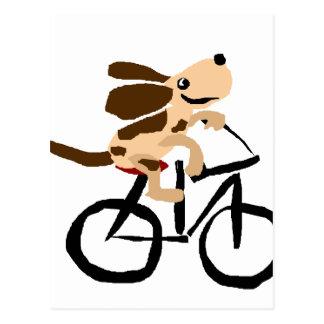 Lustiges Basset Hound, das Fahrrad fährt Postkarte