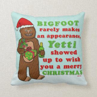 Lustiges frohe Weihnachten Bigfoots Sasquatch Kissen