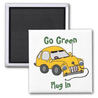Lustiges gelbes elektrisches Auto Quadratischer Magnet