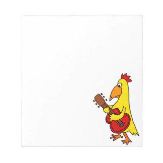 Lustiges gelbes Huhn, das Gitarre spielt Notizblock