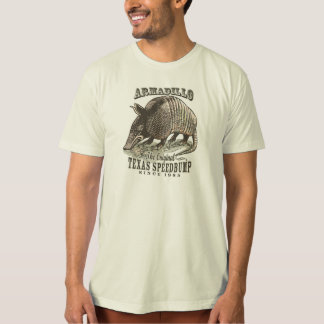 Lustiges Gürteltier Speedbumps durch Mudge Studios T-Shirt