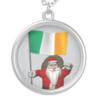 Lustiges Heiliges Nicholas mit Flagge von Irland Versilberte Kette