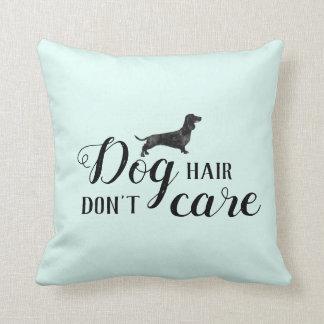 Lustiges Hundehaar, interessieren sich nicht Kissen