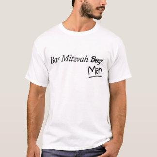 Lustiges Junge-zu-Man-Bar Mizwa-Geschenk T-Shirt