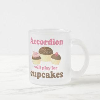 Lustiges Kuchen-Akkordeon-Musik-Zitat-Geschenk Mattglastasse